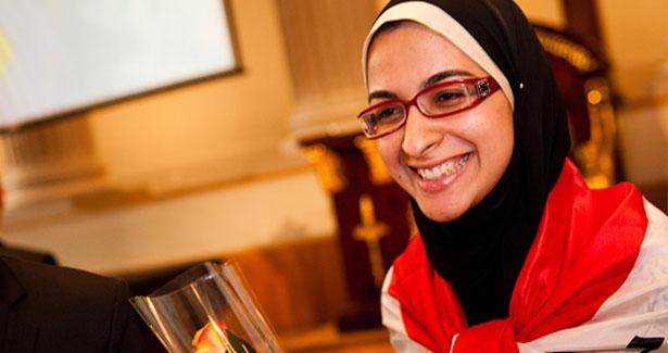 muslim-girl-scientist